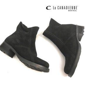 La Canadienne Suede zip ankle booties Sz 6